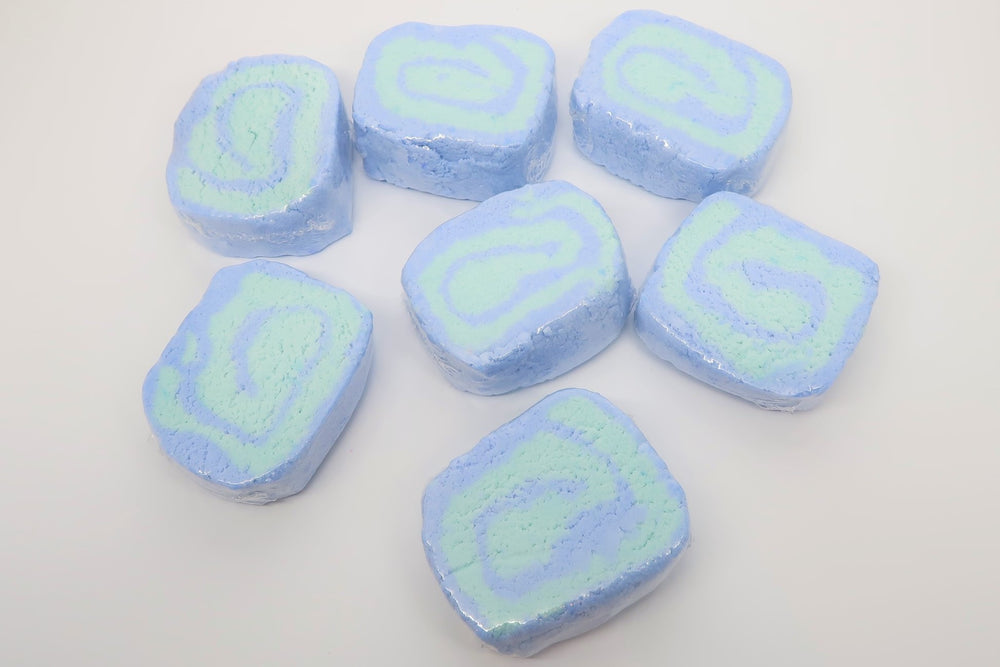 Blue Hydrangea Artisan Bubble Bar - Bubbly Soaps Bubble Bar