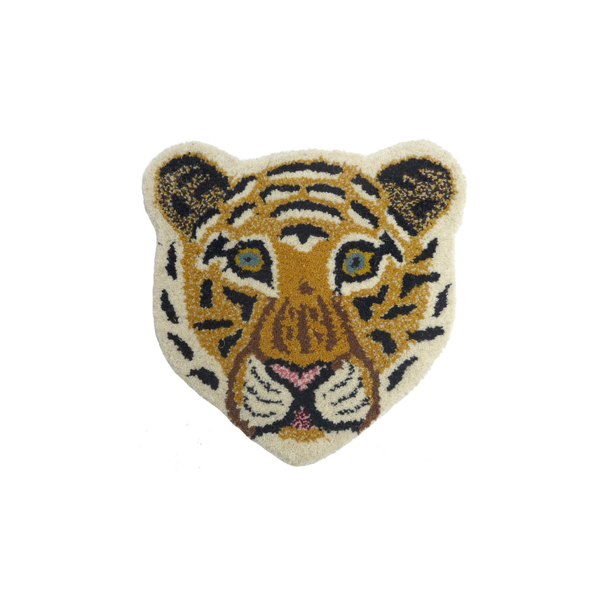 Cloudy tiger head rug | Tapis Amis | Doing Goods