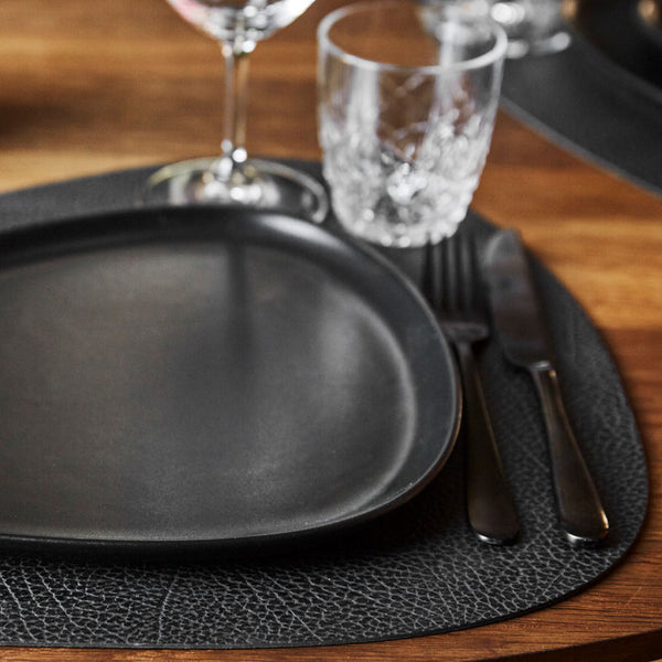 Hippo Curve Placemat & Coaster - Black