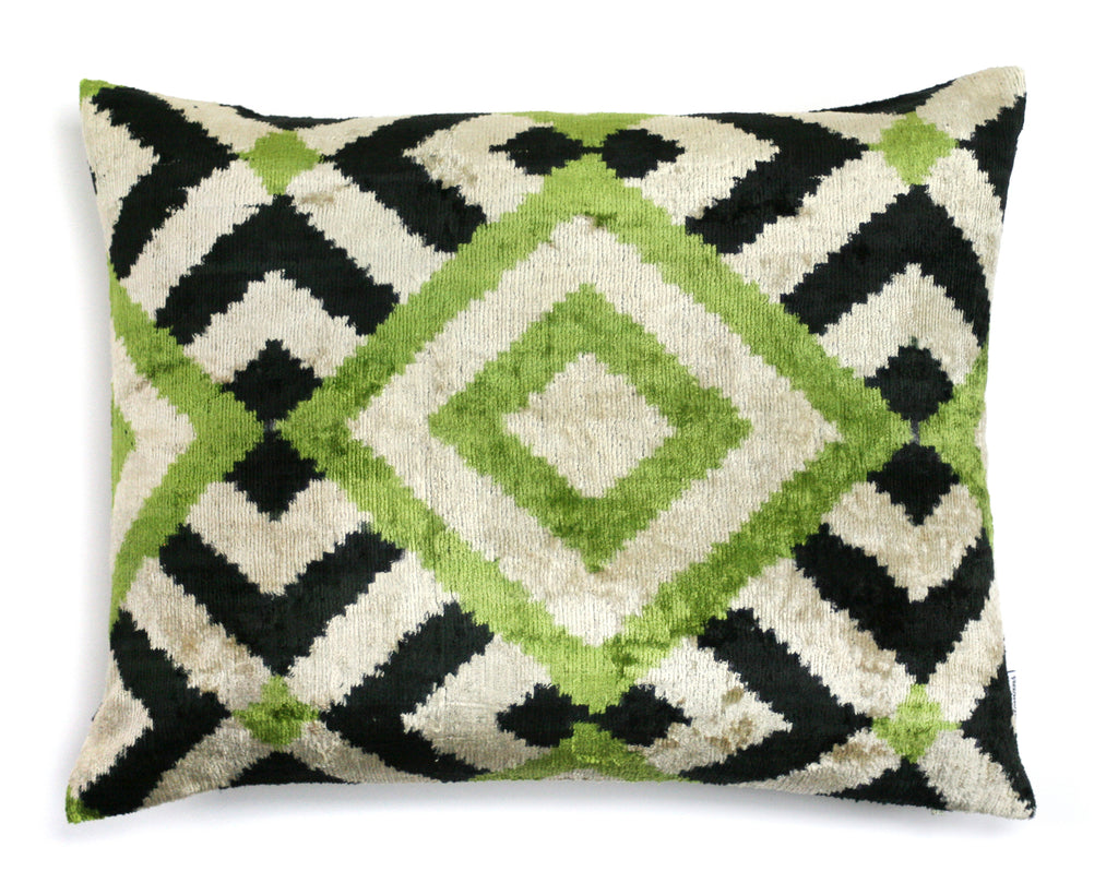 Silk Velvet Pillow Creme Black Green N. 279 | Les ottomans