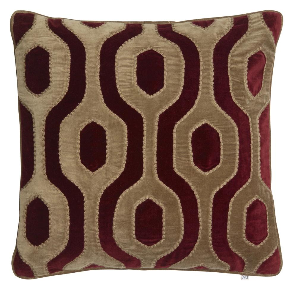 Chhatwal & Jonsson | Velvet Cushion Varanasi ruby red & oak