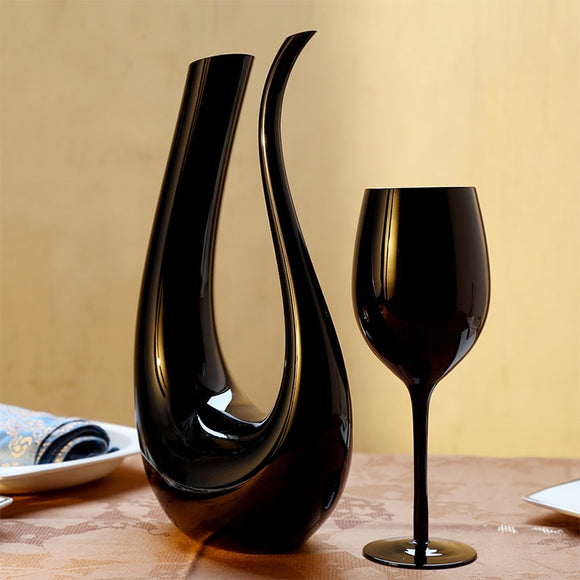 Black U Shaped Wine Decanter With Lead-Free Wine Glass Goblet - WineProducts.net