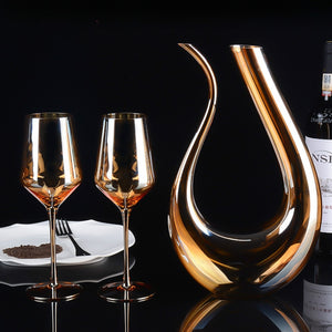 Gold Crystal Red Wine Glasses and Decanter - WineProducts.net