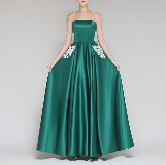 Sexy Strapless Collar Embroidery Long Expansion Evening Dress