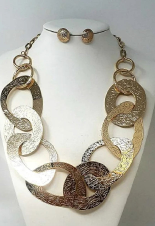 Gold Metal Ring Necklace Set