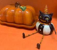 Johanna Parker Pumpkin Cat with legs
