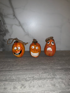 Orange Vintage Style Halloween Pumpkins