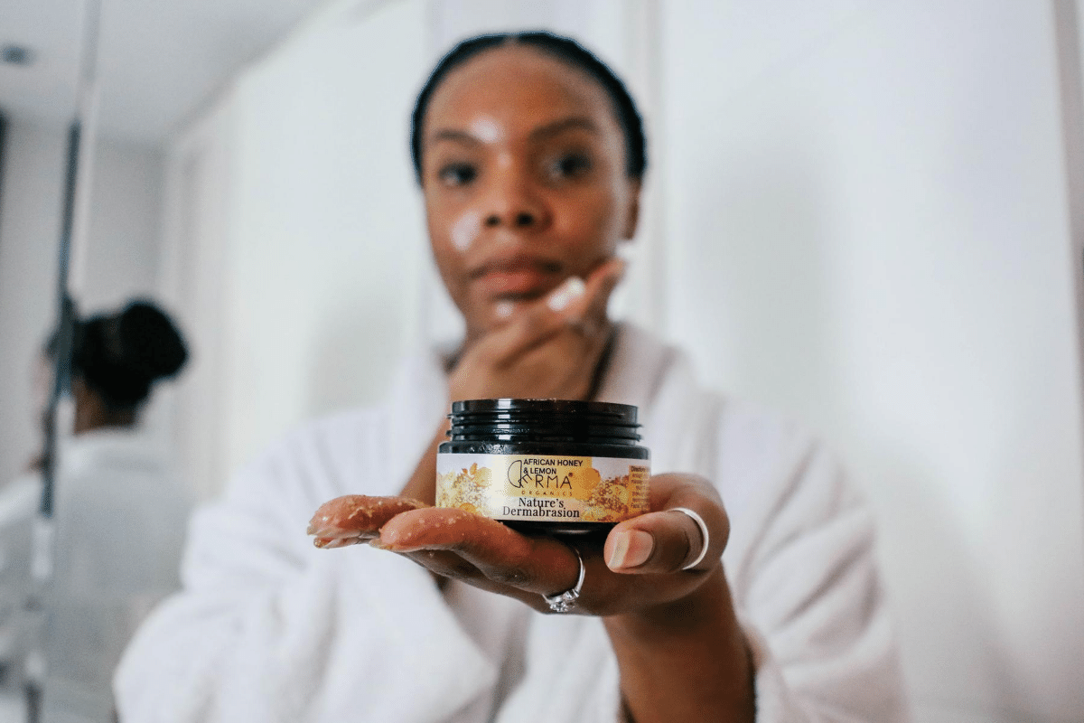Derma Organics. Organic African Honey & Lemon Facial Scrub