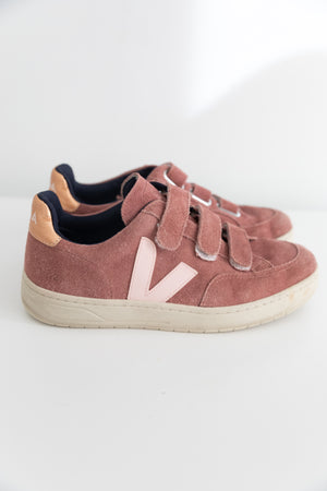 Veja V-12 Esplar Velcro Sneakers in Dried Petal