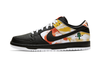 NIKE SB DUNK LOW RAYGUN BLACK