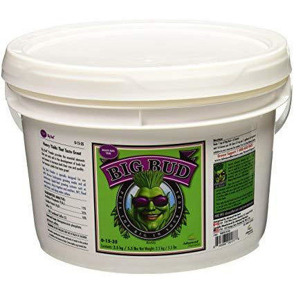 Big Bud Powder Fertilizer by Advanced Nutrients