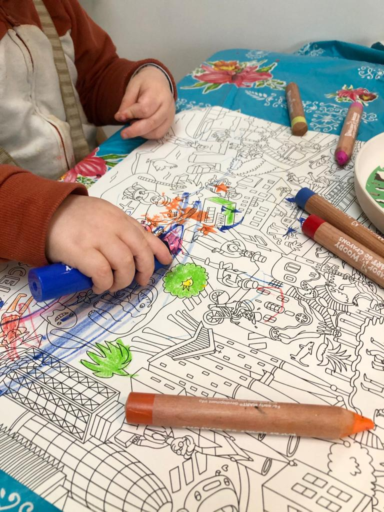 Kid colouring