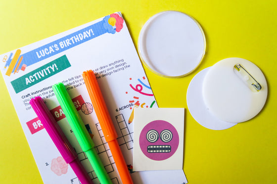 Badge Decorating Kit