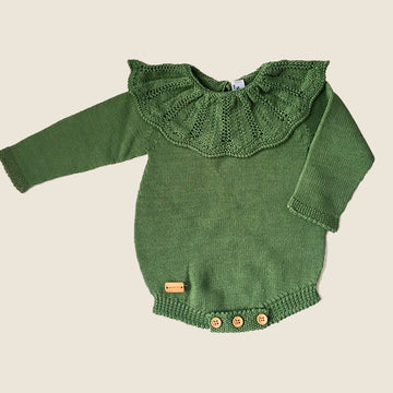 Green romper suit with ruffle collar
