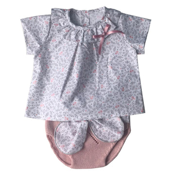 Cute baby set with flowers