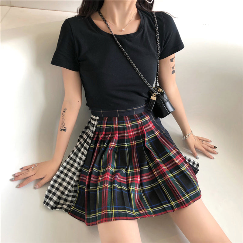 Chic Retro Plaid 90s Skirt