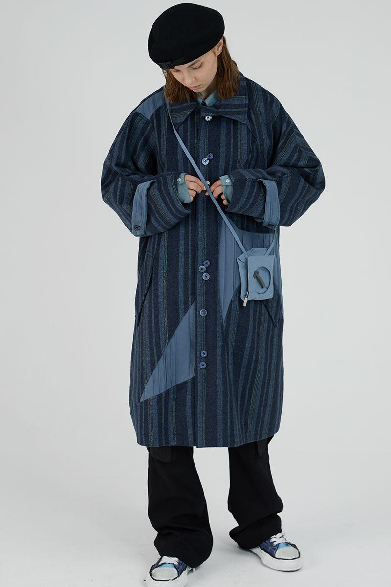 BLIND Retro Woolen Striped Coat