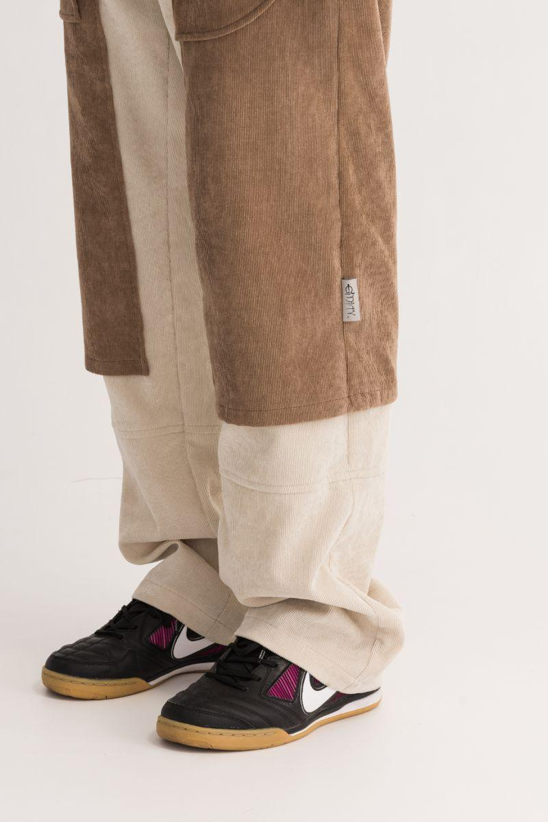 Empty Reference Large Pockets Corduroy Trousers