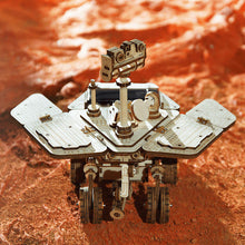 Lade das Bild in den Galerie-Viewer, Mars Rover - Spirit