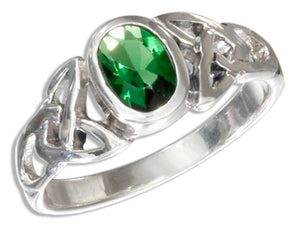 Sterling Silver Oval Green Glass Celtic Trinity Knot Ring