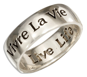 "Sterling Silver ""Vivre La Vie"" Band Ring with ""Live Life"" Inside"