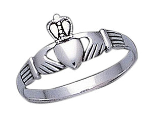 Sterling Silver Small Womens Classic Claddagh Ring