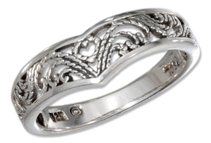 "Sterling Silver Filigree ""V"" Shape Ring with Heart"