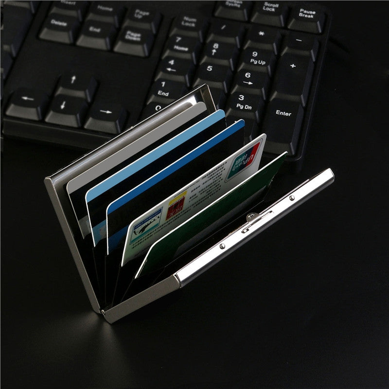 RFID-blocking ultra thin credit card wallet