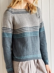 Women's Blue Stripe Short Cardigan Sweater