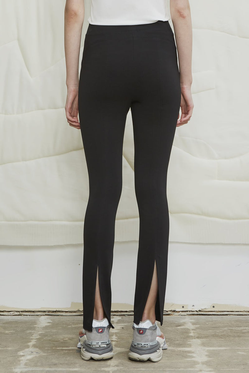 Super Matt Jersey Pull-on Pant - Black - LANDSCAPE