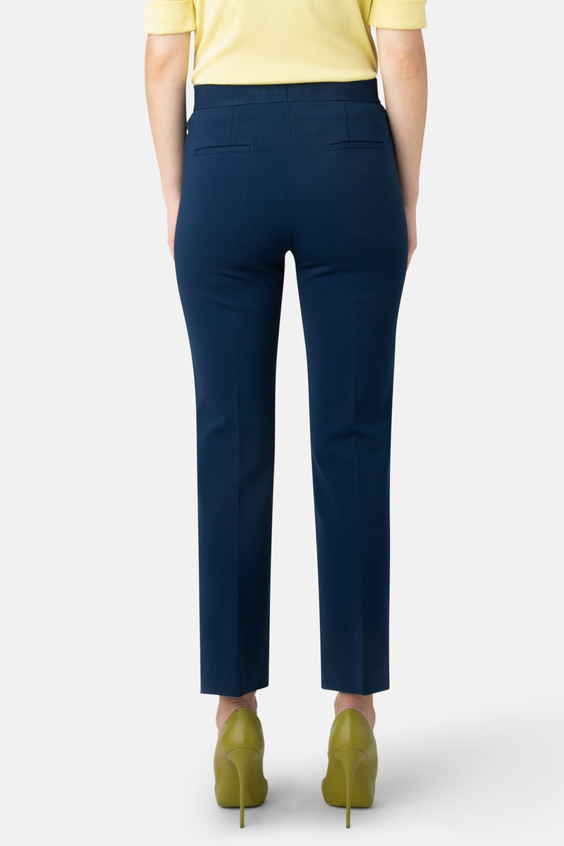 Super Matte Jersey Fitted Ankle-Length Pant - Capri - LANDSCAPE