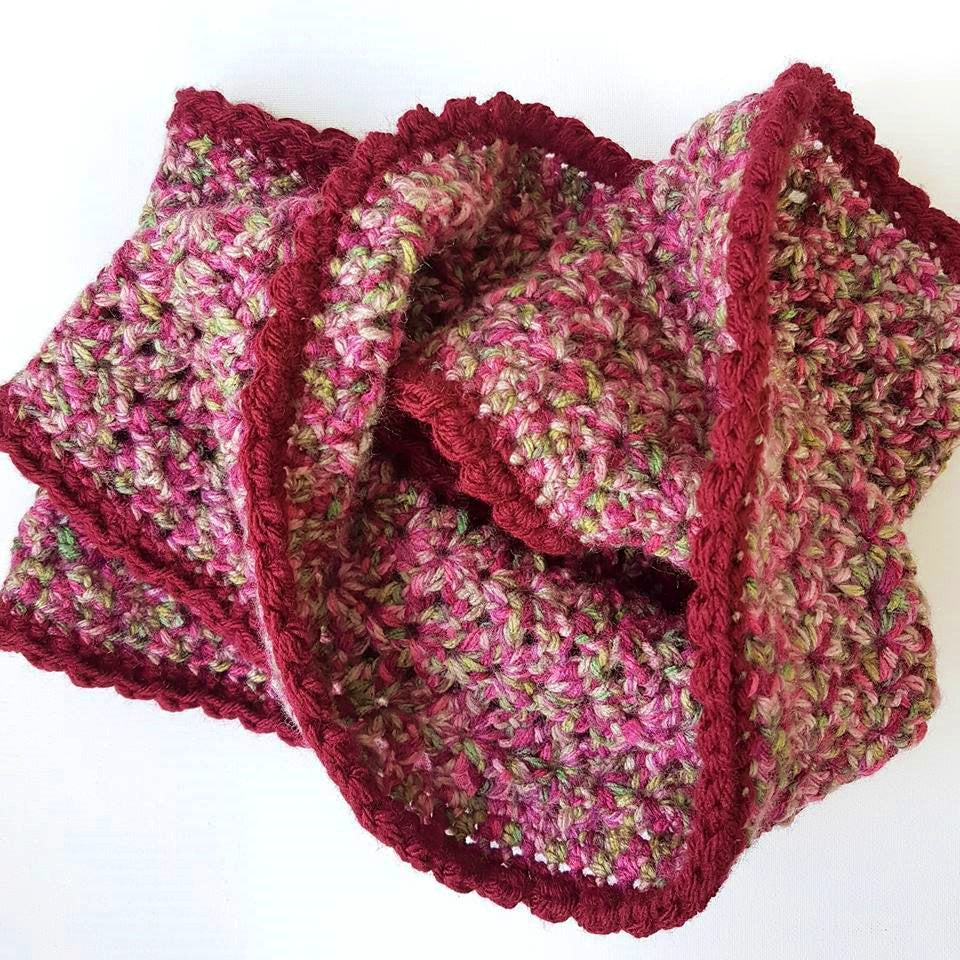 Create a simple chunky cowl/scarf