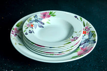 Load image into Gallery viewer, Floral Bloom Pasta Plate Set