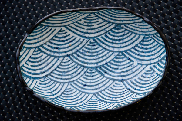 Wave Print Serving Crockery Set - the-little-details-home-accents