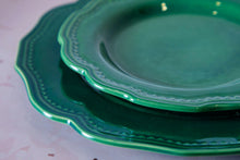Load image into Gallery viewer, Vintage Green Plates