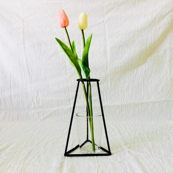 Minimalistic Vase - the-little-details-home-accents