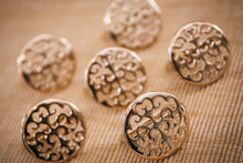 Load image into Gallery viewer, Gold Filigree Napkin Rings - Set of 6 - the-little-details-home-accents