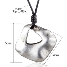 Load image into Gallery viewer, Women's Geometric Pendant Necklace
