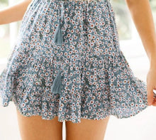 Load image into Gallery viewer, Casual High Waist Mini Skirt
