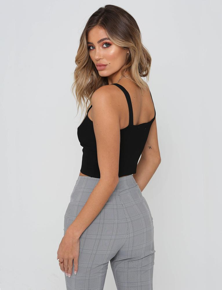 Aeon Twist Front Top
