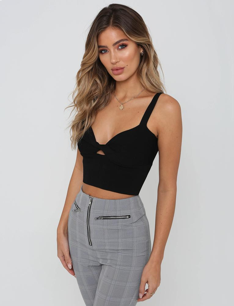 black twist front crop top