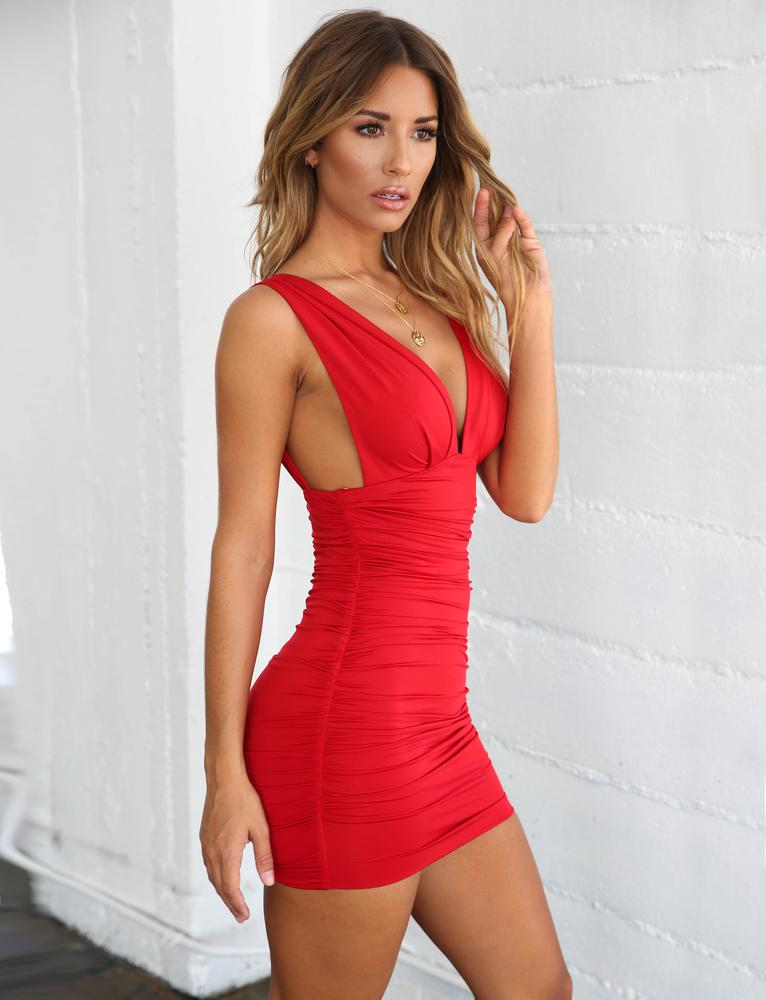 red plunge bodycon dress