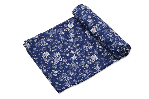 Daisies Muslin Swaddle