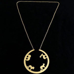 Contemporary Animals Crafted Gold Big Pendant Chain