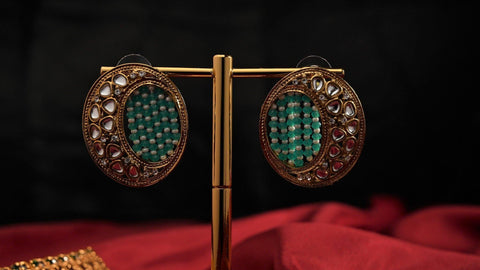Antique Gold Woven Beads Oval Studs - Green