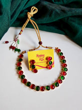 Antique Gold Button Kemp Necklace - Red & Green