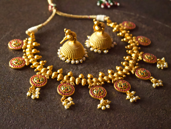 Matte Finish Kemp Stones Studded Annapakshi Coin Necklace