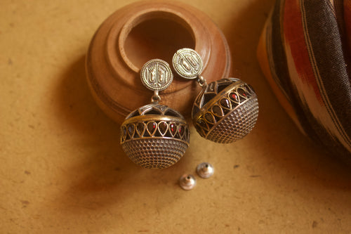 Two Tone Padhuka Ball Earrings