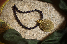 Chaamandhi Antique Gold Pendant Agate Beads Necklace - Dark Blue