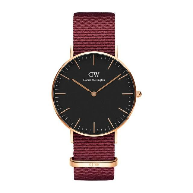 CLASSIC BLACK ROSELYN - Daniel Wellington